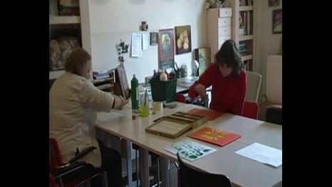 Lotje en Babette aan het werk